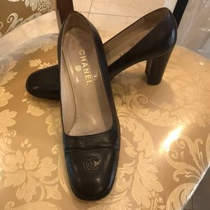 Brown Chanel Thick Heel Shoes (fits 8.5)